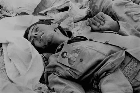 Young_basiji_front_line_Iran-Iraq_war_Iran_1981-82(1)